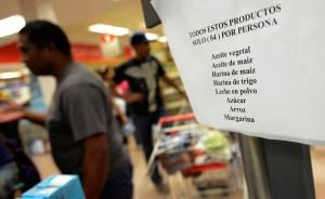 Inflación y escasez llevaron a devaluar
