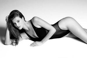 """Las fotos que NO habías visto de la """"divina de Nina"""" desnuda (UFFF)"""
