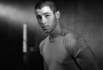 Nick Jonas fue hospitalizado tras sufrir un accidente en set de rodaje