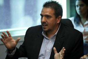 Stalin González: Nuestro compromiso es devolverles la libertad para que puedan elegir su destino