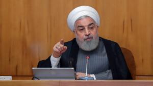 """Rohani manifiesta a los iraníes que habrá que convivir con el coronavirus por """"mucho tiempo"""""""