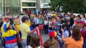 Comenzó protesta por la salida de Maduro en Miami