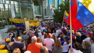 Resurgen propuestas de actuación militar para superar crisis en Venezuela