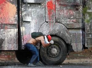 Incidentes aislados marcan primer mes de protestas en Chile