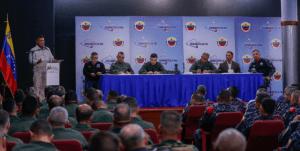 """¿A qué le temen? Reverol se reunió con componentes militares para activar """"plan de seguridad y estabilidad"""" (VIDEO)"""