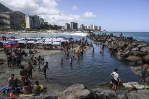 Playas de La Guaira recibieron gran cantidad de visitantes este #24Oct (VIDEO)