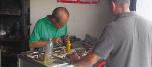 Cerrajeros se reinventan para captar clientes