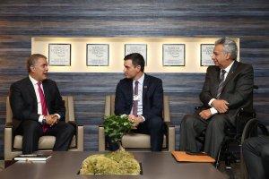 Pedro Sánchez pide elecciones libres en Venezuela tras reunirse con Iván Duque y Lenín Moreno en Davos (FOTOS)