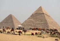 Científicos planean bombardear la Gran Pirámide de Guiza para ver si hay una cámara oculta