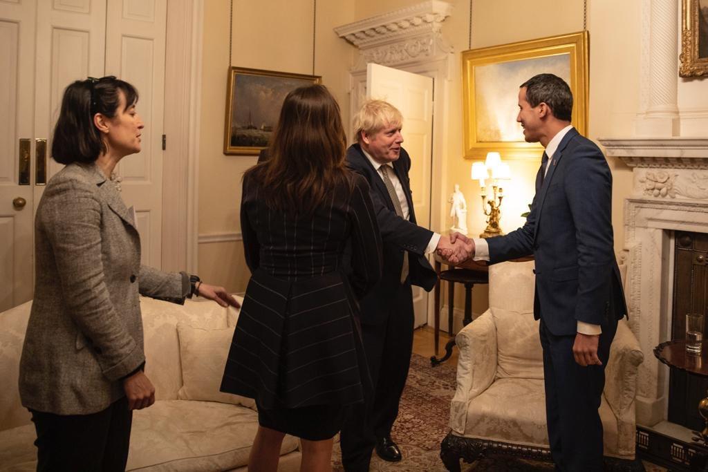 Guaidó y Johnsonreafirman alianza para lograr una solución a la crisis en Venezuela