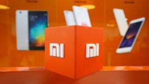 Xiaomi patenta un teléfono inteligente con pantalla flexible que puede plegarse en horizontal
