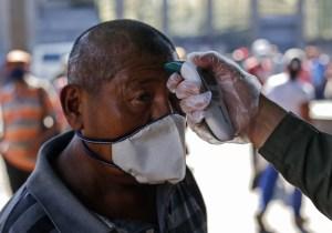 Comisión de Expertos de la Salud afirma que voceros de la dictadura se contradicen en número de pruebas