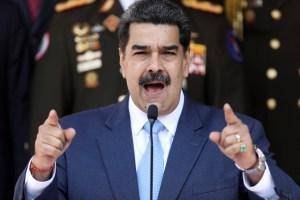 """De periodistas a sacerdotes: Quiénes fueron las víctimas de la """"Ley contra el odio"""" de Maduro"""