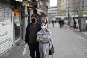 La OMS alertó que las mascarillas de algodón pueden ser una fuente potencial de infección