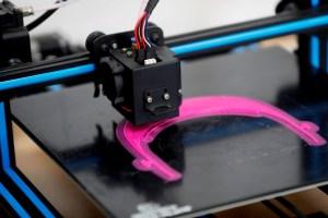 Estudiantes desarrollaron máscaras en impresoras 3D contra el coronavirus (FOTOS)