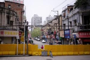 Lo que no se cuenta de Wuhan: Temen salir a las calles pese a que el régimen dice que todo está tranquilo