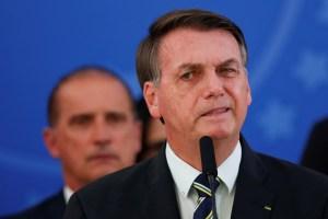 Anonymous Brasil publicó datos personales de Jair Bolsonaro y sus hijos