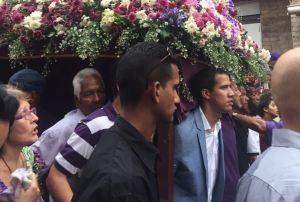 Guaidó y El Nazareno: A pesar de las cruces que nos ha tocado soportar, estamos de pie (FOTOS)