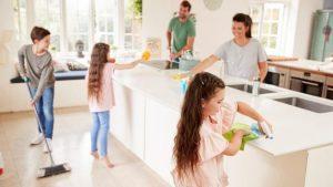 Consejos para sobrevivir en cuarentena mientras lidias con la familia y el estrés de las relaciones