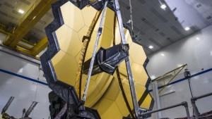 La Nasa puso a prueba en gravedad cero el enorme espejo sucesor del telescopio espacial Hubble (VIDEO)