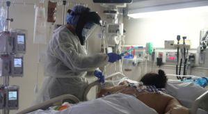 EEUU suma más de mil muertes por coronavirus en 24 horas y roza las 222 mil