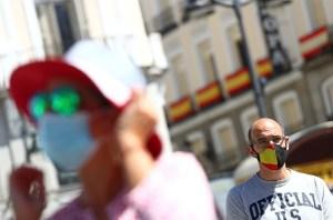 España mantiene los contagios y muertes por coronavirus al mínimo