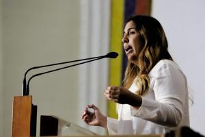 Desiree Barboza: Destruyeron Pdvsa y ahora los venezolanos pagamos la incapacidad del régimen
