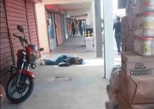 Una mujer se desplomó en mercado de San Francisco mientras compraba (VIDEO)
