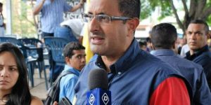 Diputado Álvarez responsabiliza a la dictadura chavista del colapso del servicio sanitario durante la pandemia