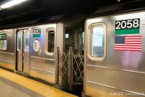Dos hombres apuñalados en un salvaje ataque en el metro de Nueva York