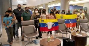Venezolanos varados por coronavirus comparten su agonía en Miami