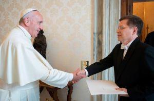 Papa Francisco designó a exfuncionario de Evo Morales para liderar la Comisión Pontificia para Latinoamérica