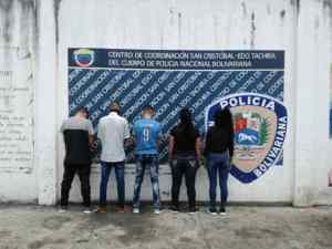 """Detienen a empleados de una zapatería en Táchira por abrir el local durante la """"cuarentena radical"""""""