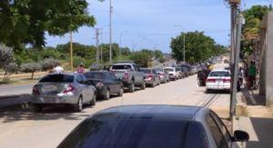 ¡El alivio duró poco! Reportan interminables colas por gasolina en Cumaná este #10Ago (Videos)