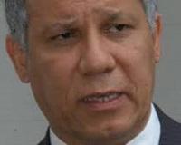 Luis Velásquez Alvaray: Patadas al honor militar