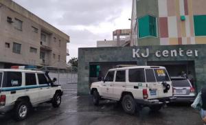 EN VIDEO: Captan el momento en que unos malandros detonaron una granada en un local en Zulia