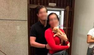 ¡Macabro! Denuncian a una pareja por adoptar perros para alimentar a sus serpientes (Fotos)