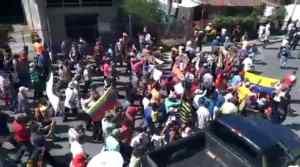 Pueblo de Urachiche en el estado Yaracuy sale a las calles a denunciar por las precarias condiciones en que viven #22Sep (VIDEO)