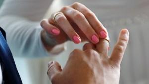 Niños fueron obligados a contraer matrimonio tras violar una insólita costumbre local