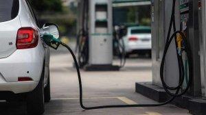 """Este es el cronograma de suministro de gasolina para la semana de """"cuarentena radical"""" en Venezuela"""