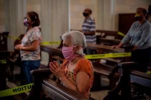 Tres venezolanos más perdieron la vida a causa del Covid-19, según el régimen