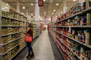 Cendas: Canasta alimentaria venezolana de abril se ubicó en 321,34 dólares