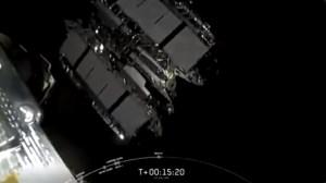 SpaceX pone en órbita otros 60 satélites de Starlink en la centésima misión de Falcon 9 (VIDEO)