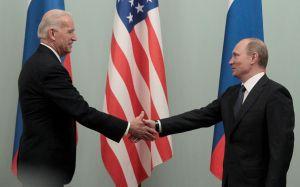 Putin felicita a Joe Biden por la victoria electoral en EEUU, según el Kremlin
