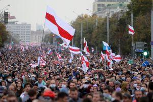 """Derechos humanos en Bielorrusia """"siguieron deteriorándose"""" desde septiembre"""