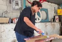 Susan Applewhite, la caraqueña que crea arte en espacios públicos abandonados (VIDEO)