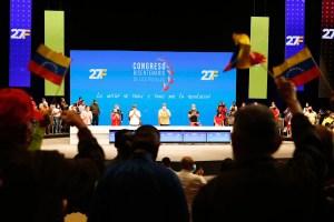 Nadie le para: Maduro exigió que le prestaran atención en pleno congreso chavista (VIDEO)