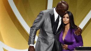 Kobe Bryant entra en el Salón de la Fama del baloncesto tras una emotiva ceremonia