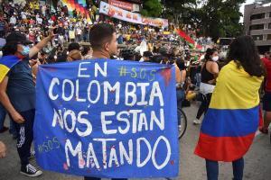 Disturbios en el municipio colombiano de Yumbo dejó al menos un muerto y 15 heridos