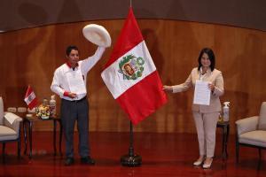 Castillo y Fujimori ya juraron defender la democracia y estado de Derecho en Perú
